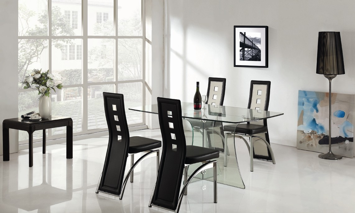 Clearance Sale Clear Glass Dining Table with 4 Black and  : da707 a2 from www.sofabespoke.co.uk size 1142 x 685 jpeg 147kB